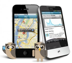 HootSuite has free mobile apps for smartphones