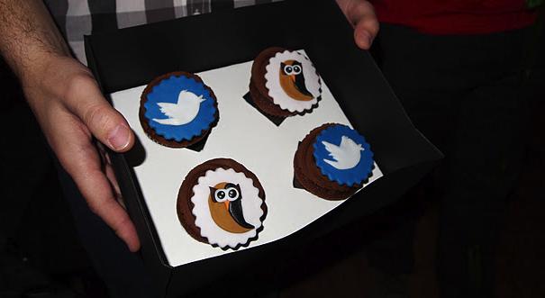 HotoSuite Cupcakes Mmmmmmm