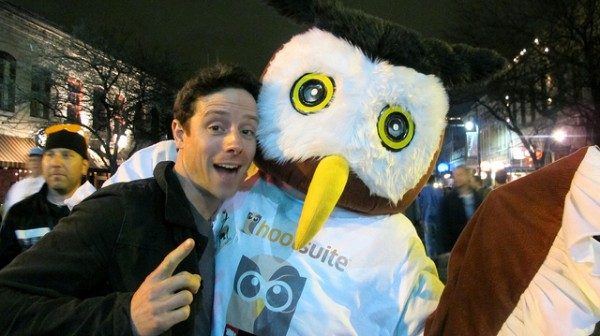 Owly with a fan, John Cartwright
