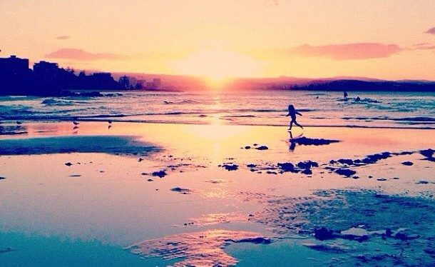 Gorgeous snap of a sunset at Snapper Rocks from @SeeAustralia's Instagram