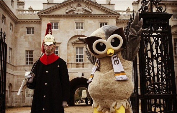 Owly at the Horse Guards Parade