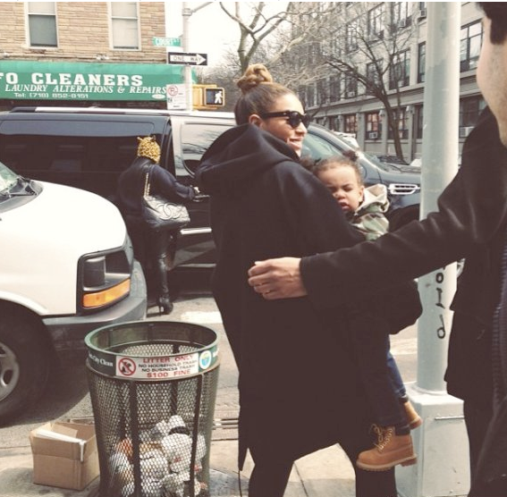 Everyone Is Freaking Out That Beyoncé Brought Blue Ivy To Lunch In Brooklyn: Image from Business Insider
