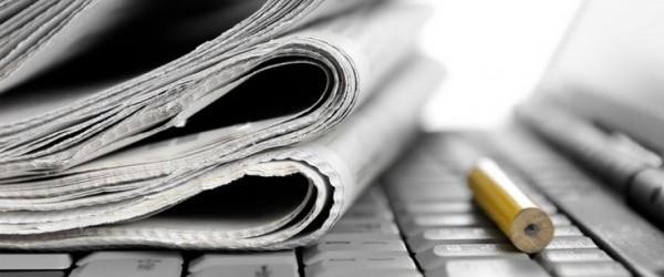 newspaper-laptop