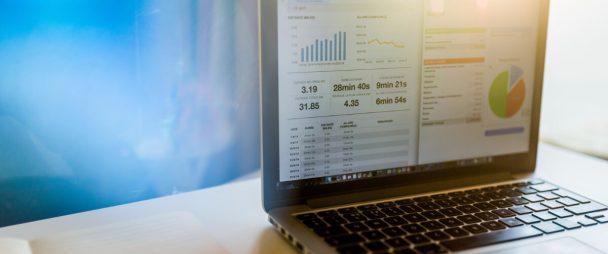 A Comprehensive Guide to Social Media ROI | Hootsuite Blog