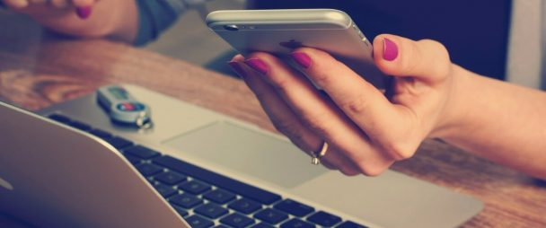 10 Benefits of Social Media for Business | Hootsuite Blog - Negocio en redes sociales