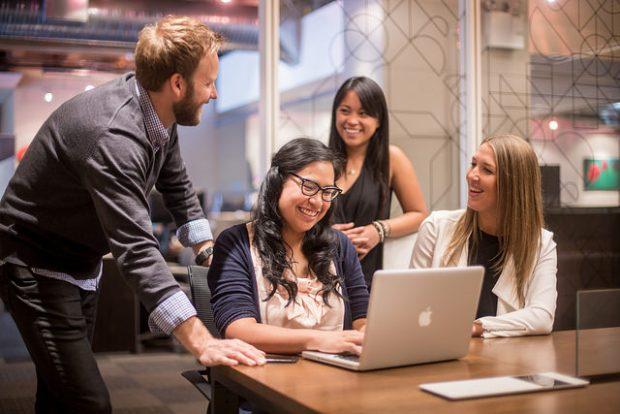Hootsuite Team Working