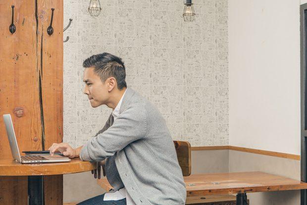 Hootsuite Employee Working