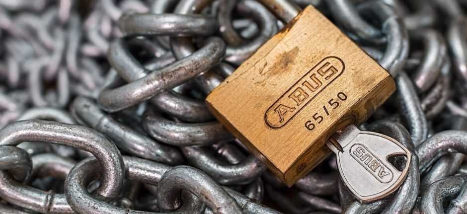 5 Social Media Security Risks for Businesses (and How to Avoid Them) | Hootsuite Blog
