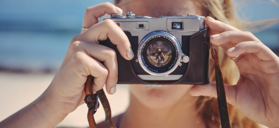 7 Lessons Brands Can Learn from Instagram's Most Creative Accounts | Hootsuite Blog