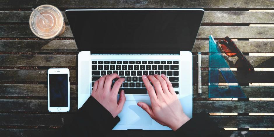 在电脑上用笔记本电脑