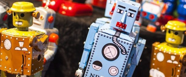 9 Facebook Brand Bots You Need to Start Chatting With Today | Hootsuite Blog