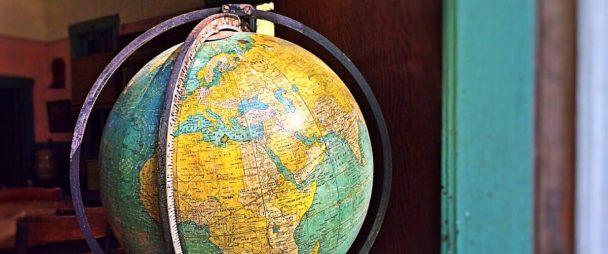 4 Steps to Going Global on Social Media | Hootsuite Blog | ES: Cómo utilizar tus redes sociales para amplificar el efecto de las ferias comerciales