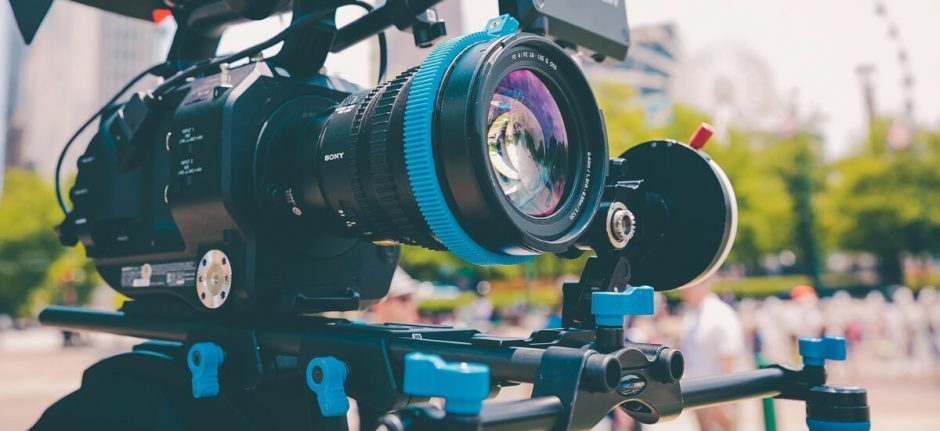 10 Quick Tips for Creating Compelling Videos for Social Media | Hootsuite Blog