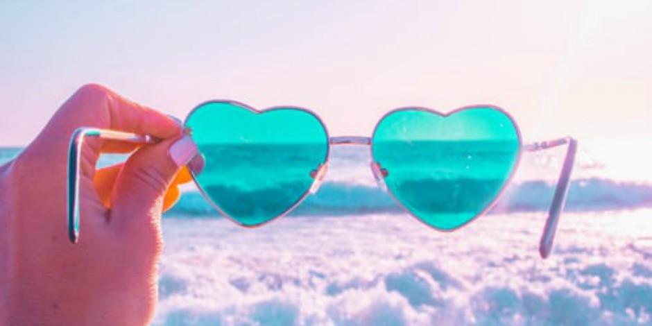"heart sunglasses, representing ""Instagram likes"""