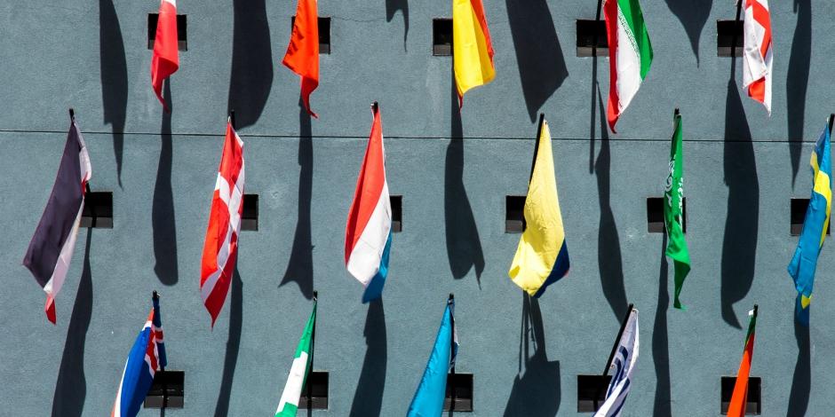 14 Tips for Building a Multilingual Social Media Presence